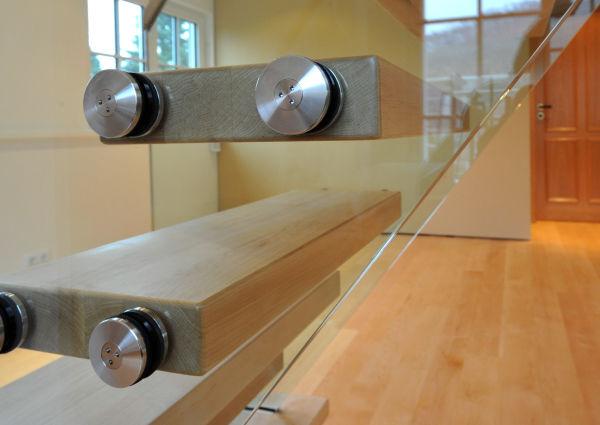 Treppe Holz & Glass