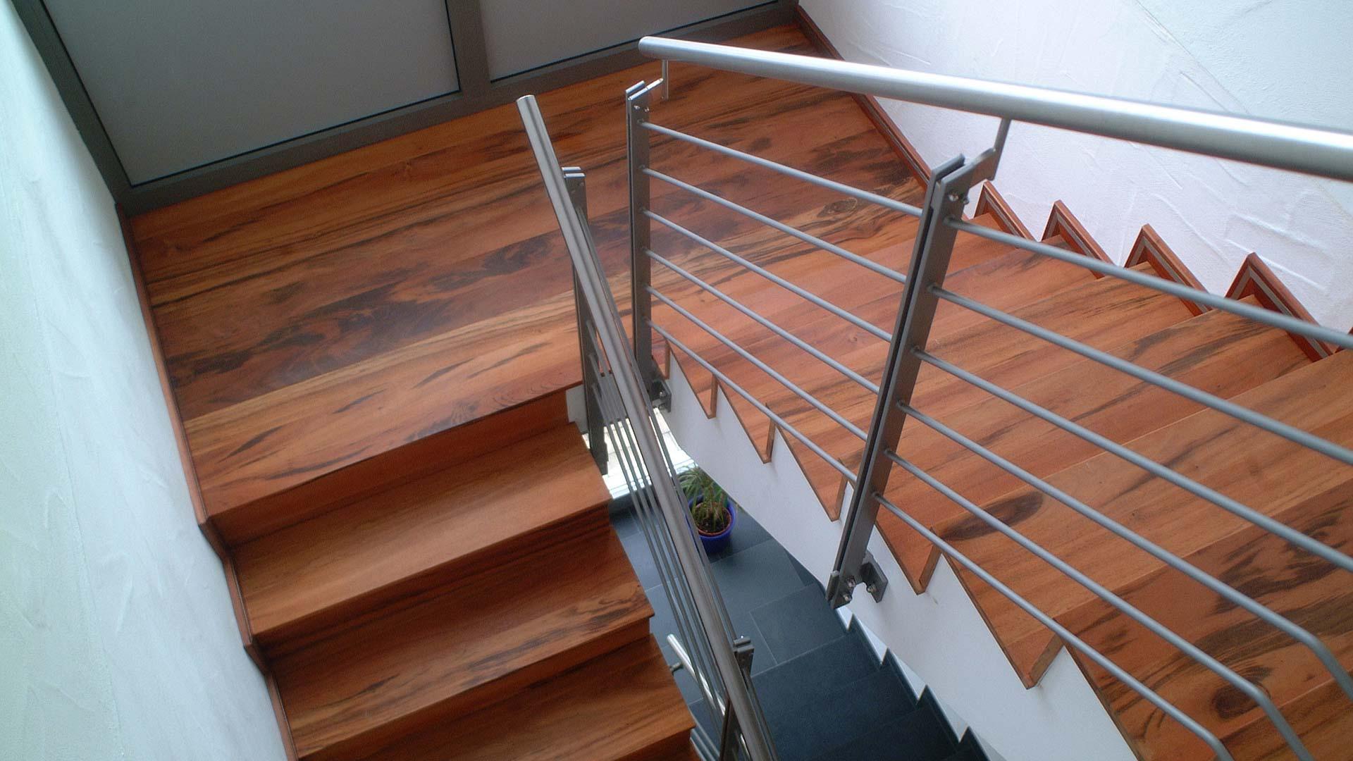 treppen herrmann parkett. Black Bedroom Furniture Sets. Home Design Ideas