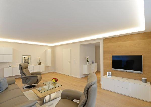 Lebensabend in modernen Räumen
